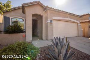 1005 W Leatherleaf Drive, Oro Valley, AZ 85737