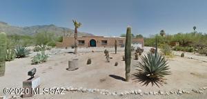 7040 N Antonietta Drive, Tucson, AZ 85704