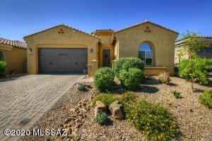 13487 N Flaxleaf Place, Oro Valley, AZ 85755