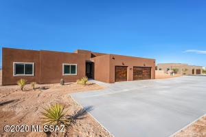 3235 E Shade Rock Place, Vail, AZ 85641