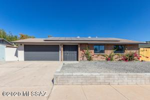 3220 W Treeline Drive, Tucson, AZ 85741