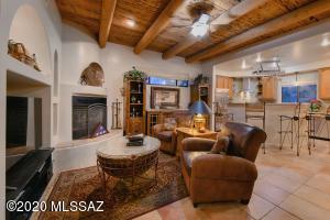 11422 N Ironwood Canyon Place, Tucson, AZ 85737