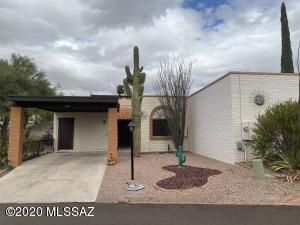 1220 W Calle Alcazar, Green Valley, AZ 85622