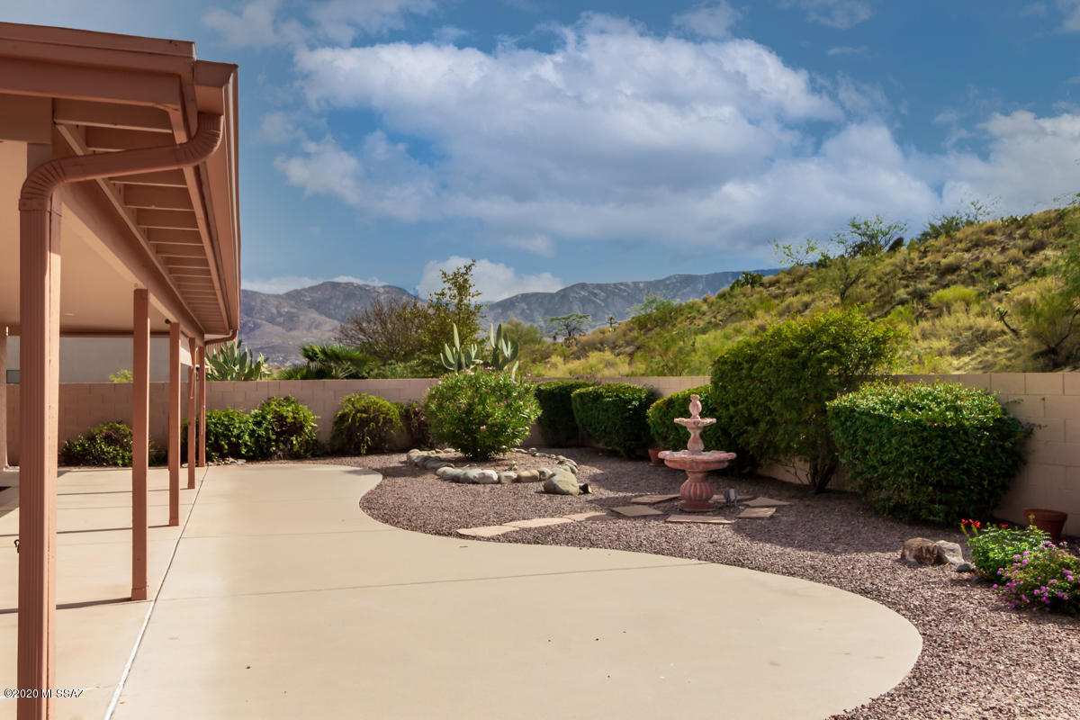 Photo of 63701 E High Point Lane, Tucson, AZ 85739