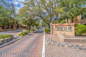 6651 N Campbell Avenue, 127, Tucson, AZ 85718