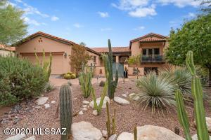 6464 N Desert Breeze Court, Tucson, AZ 85750