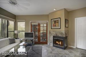6655 N Canyon Crest Drive, 22104, Tucson, AZ 85750