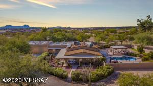 8627 N Aspen Avenue, Tucson, AZ 85704