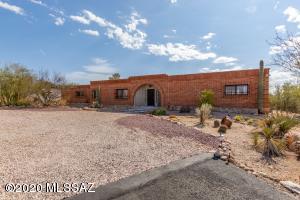 7150 N Camino De Fosforo, Tucson, AZ 85718