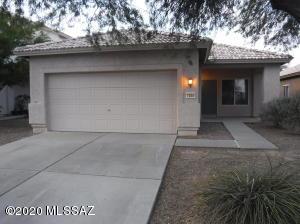 7254 W Mesquite River Drive, Tucson, AZ 85743