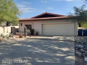 2946 W Fairway View Circle, Tucson, AZ 85742