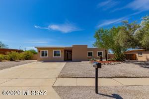 7182 N Northlight Drive, Tucson, AZ 85741