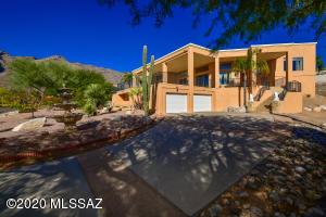 6510 N Finisterra Drive, Tucson, AZ 85750