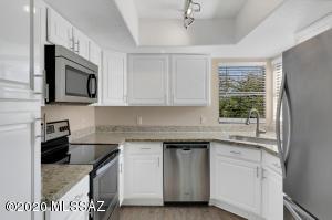 5855 N Kolb Road, 6210, Tucson, AZ 85750