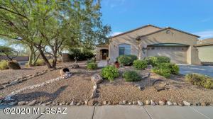 13015 N Bellbird Drive, Oro Valley, AZ 85755