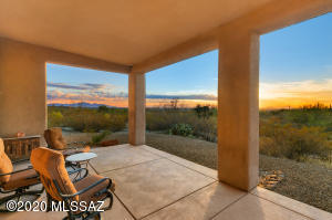 Home sits on 3.3 acres with panoramic views!