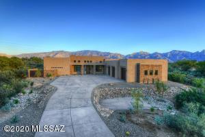 14170 N Silver Cloud Drive, Oro Valley, AZ 85755