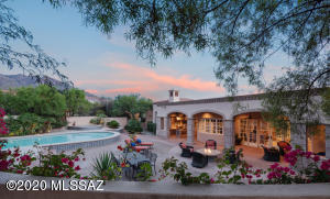 7268 N Cathedral Rock Road, Tucson, AZ 85718