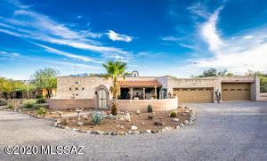 691 W Paseo del Canto, Green Valley, AZ 85622