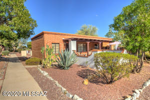 210 W Camino Alameda Unit A, Green Valley, AZ 85614