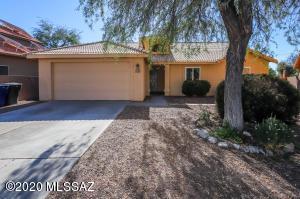 8337 S Vía Tormentosa, Tucson, AZ 85747
