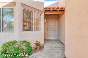 6556 N Calle Sin Nombre, Tucson, AZ 85718