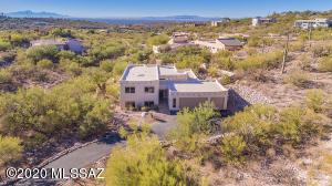 5813 N Vía Andada, Tucson, AZ 85750