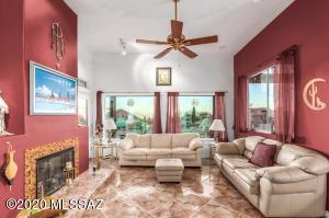 6855 W Lightning Ridge Place, Tucson, AZ 85745