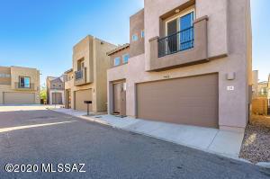 232 E Scepter Lane, Vail, AZ 85641