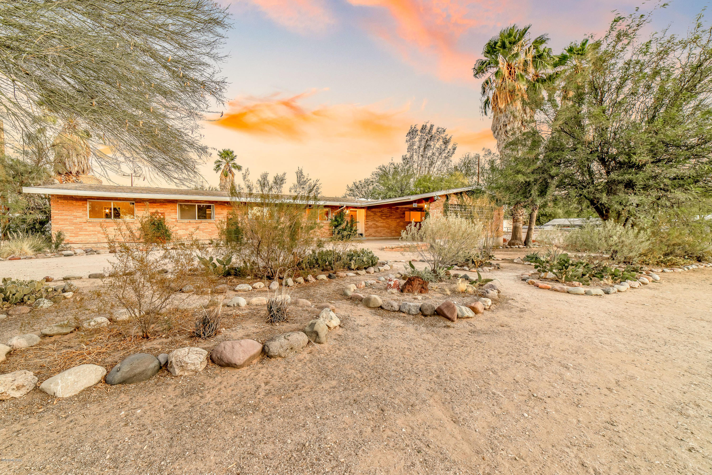 Photo of 622 N Forgeus Avenue, Tucson, AZ 85716