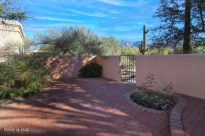 6221 N Avenida Del Burro, Tucson, AZ 85718