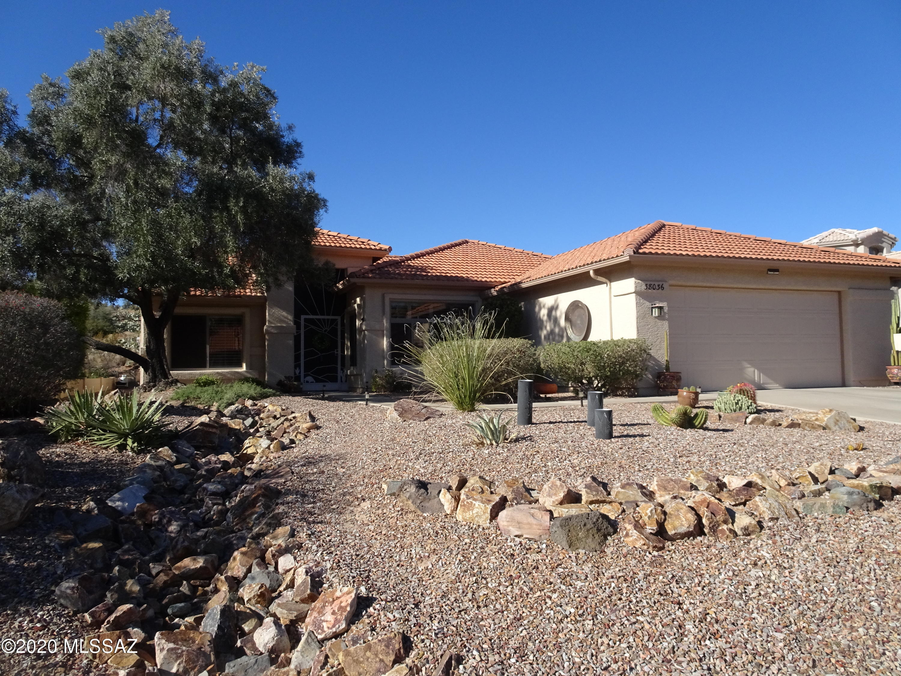 Photo of 38036 S Desert Bluff Drive, Tucson, AZ 85739