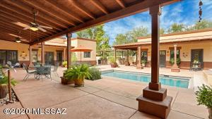 6113 E San Leandro, Tucson, AZ 85715