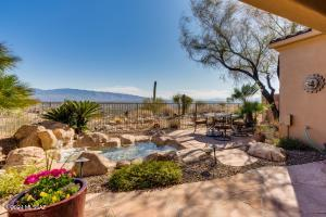 4614 N Black Rock Place, Tucson, AZ 85750