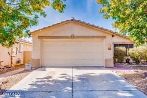 8891 N Majestic Mountain Drive, Tucson, AZ 85742