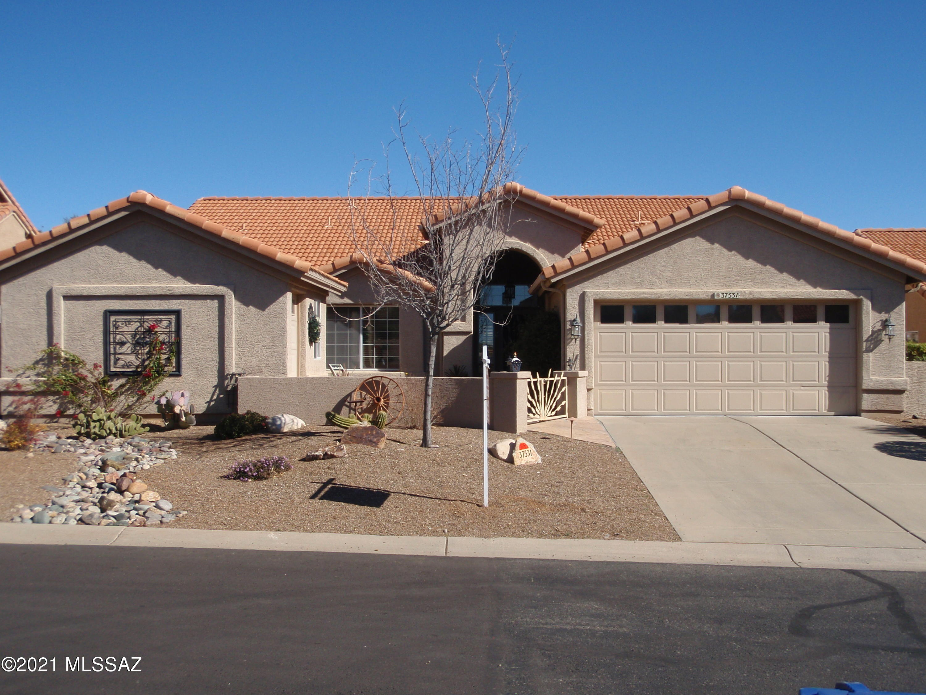 Photo of 37531 S Spoon Drive, Saddlebrooke, AZ 85739