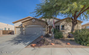This Canoa home has a beautiful open floor plan which you must see to appreciate.