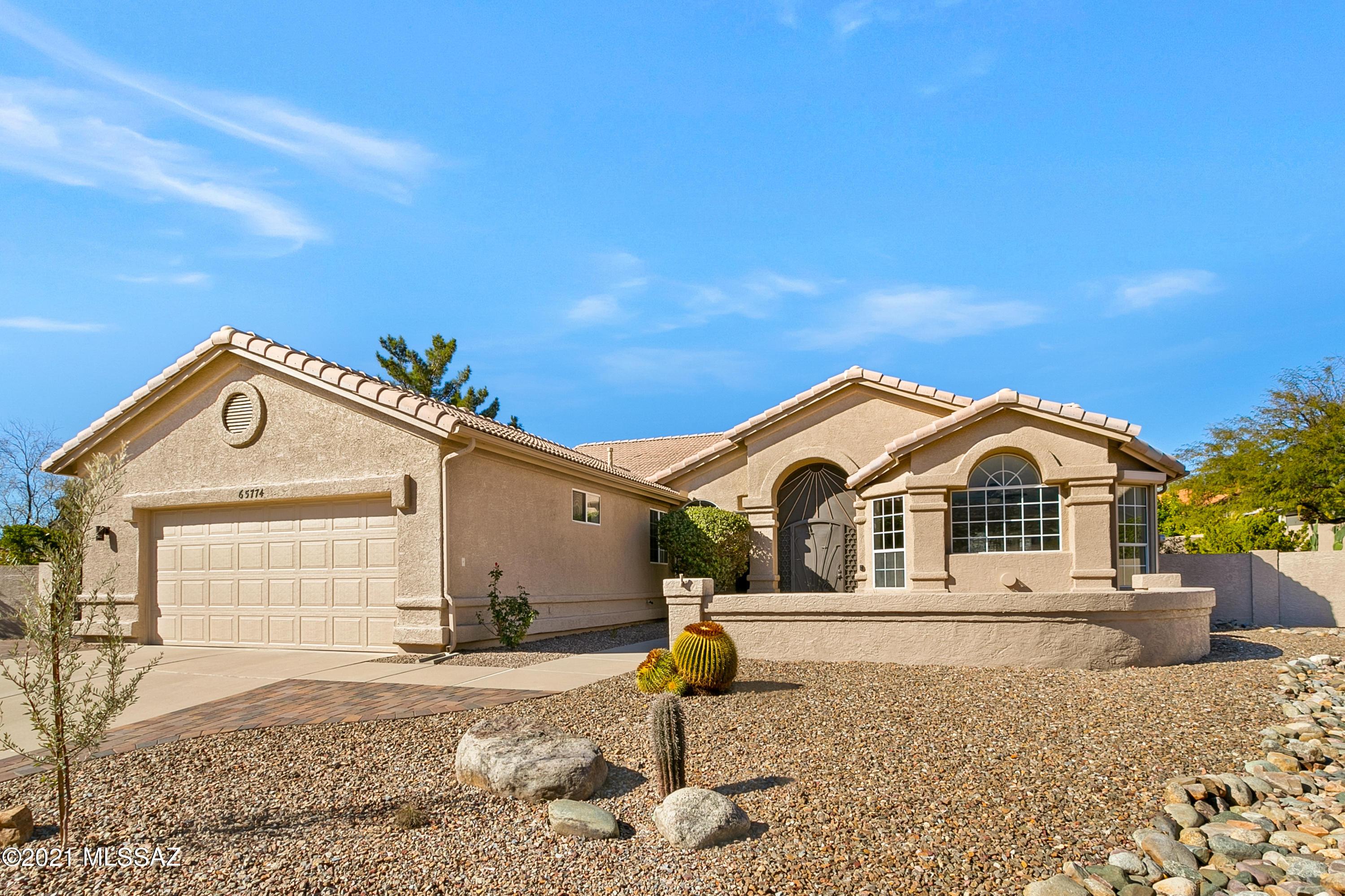 Photo of 65774 E Solarwind Court, Saddlebrooke, AZ 85739