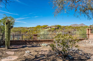 14471 N Alamo Canyon Drive, Oro Valley, AZ 85755