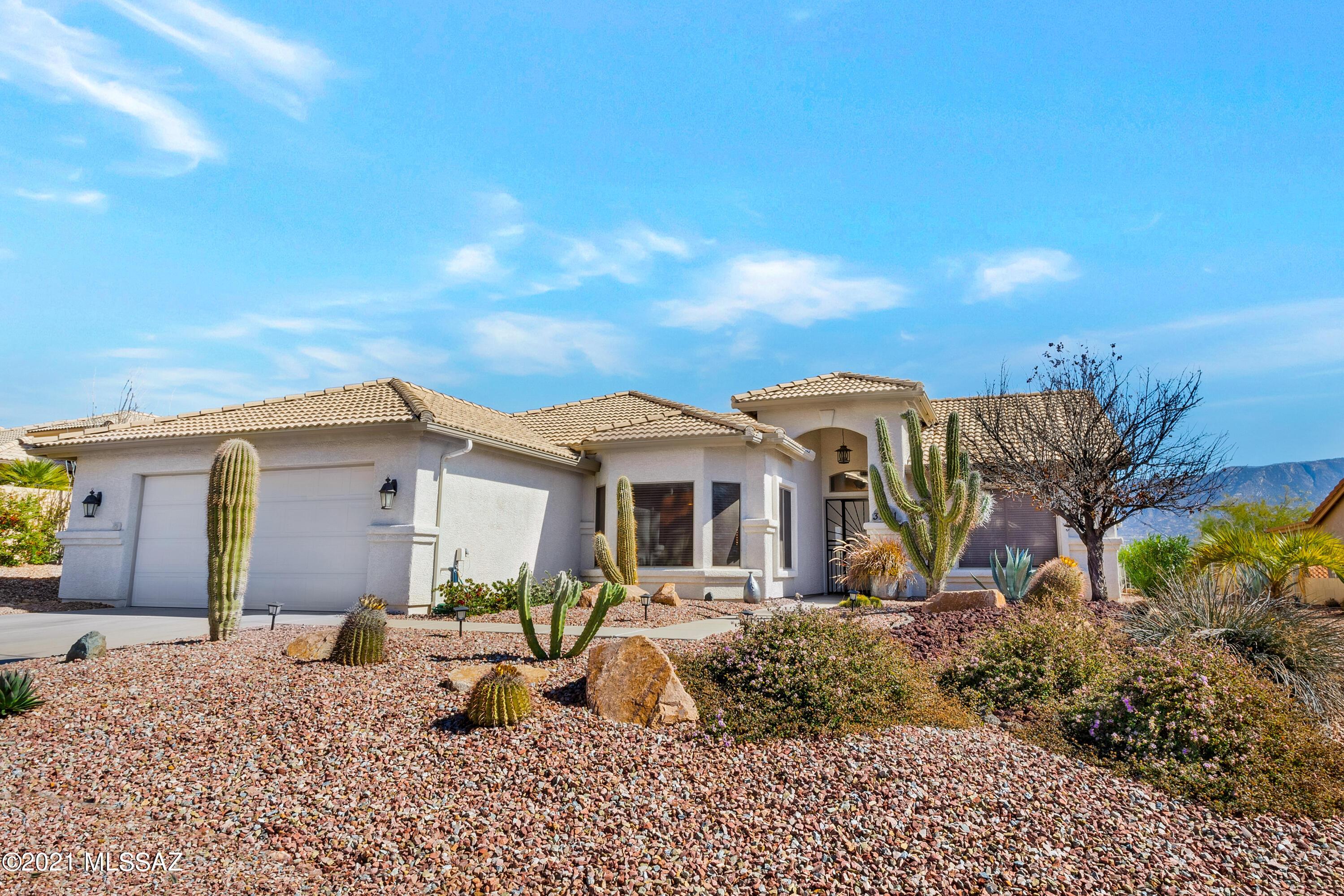 Photo of 37181 S Hill Side Drive, Saddlebrooke, AZ 85739