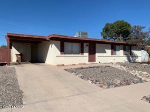 1022 W Edgewater Drive, Tucson, AZ 85704