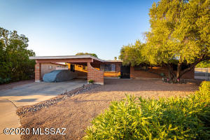 7811 E Clarence Place, Tucson, AZ 85715