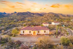 13850 N Como Hills Drive, Tucson, AZ 85755