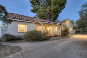 2703 E 5Th Street, Tucson, AZ 85716