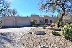 1809 N Wentworth Road, Tucson, AZ 85749