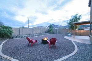 Large backyard with Mtn views