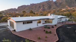 6611 N Swan Road, Tucson, AZ 85718