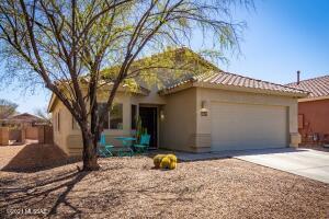 8320 N Wind Swept Lane, Tucson, AZ 85743