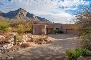 10531 N Buck Ridge Drive, Oro Valley, AZ 85737