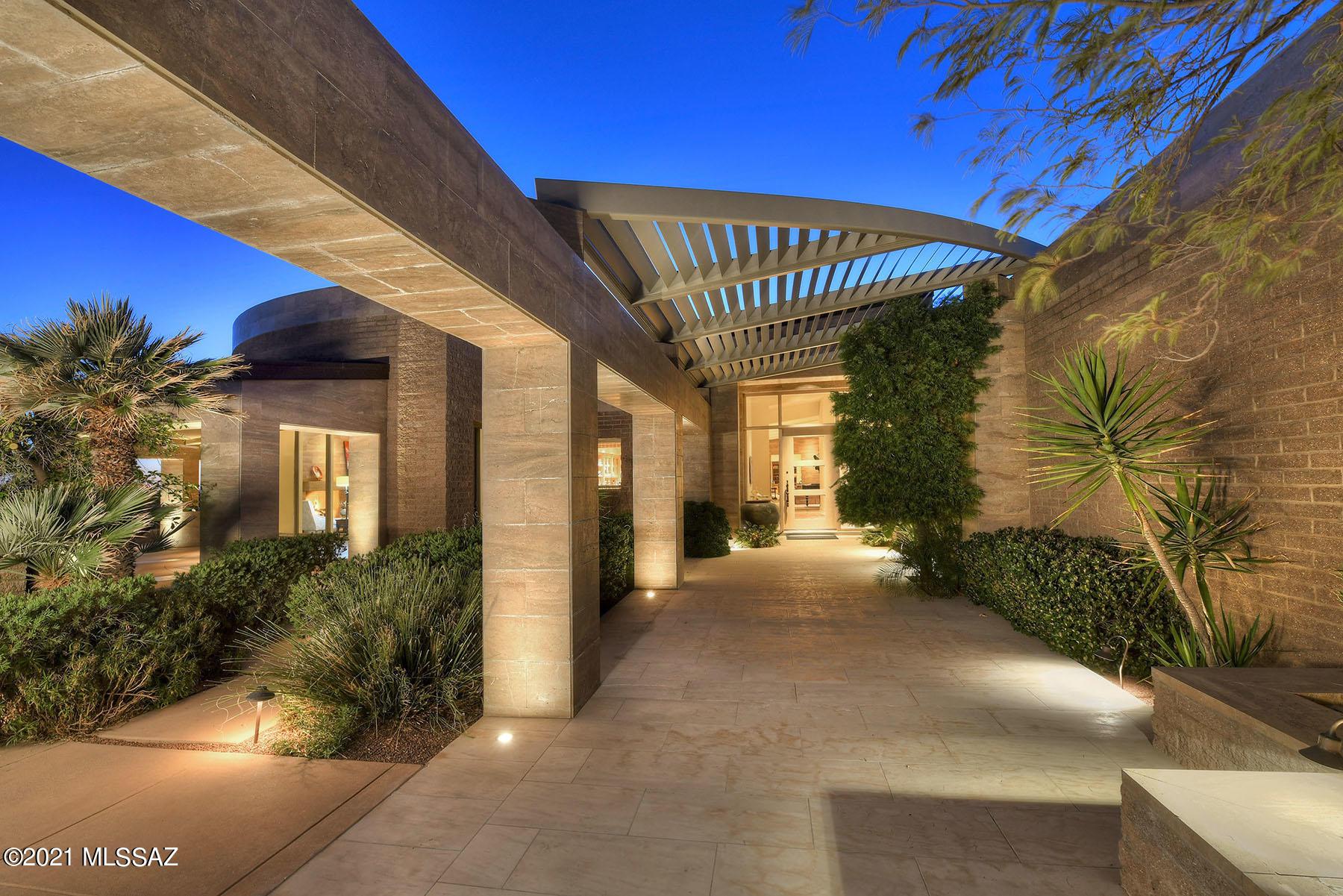 Photo of 3697 E Canyon Wind Place, Tucson, AZ 85718